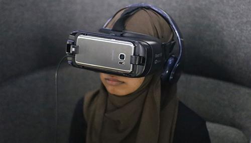 VR_exhibition.jpg